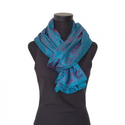 100% silk scarve. Handloom.
